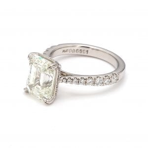 Forevermark Emerald Cut Diamond Ring in Platinum