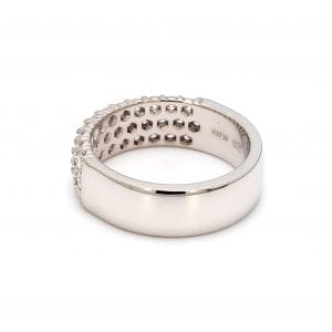 135 degree angle of ring.