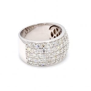 45 degree angle of ring.