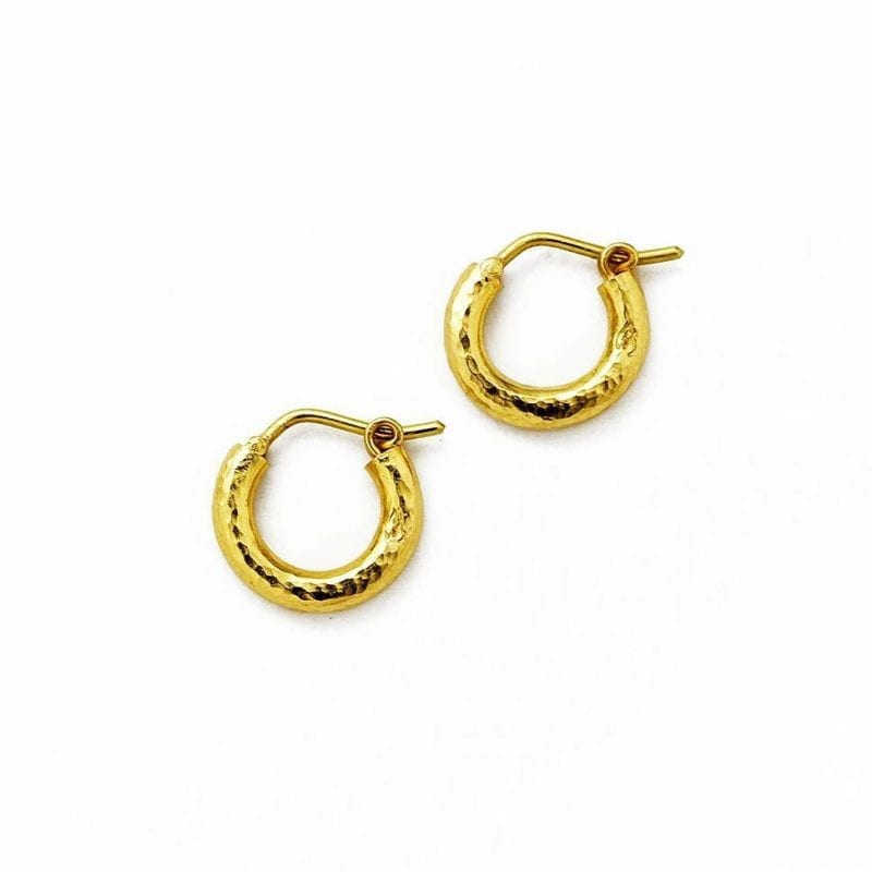 Elizabeth Locke Baby Hammered Hoop Earrings in 19kt Yellow Gold
