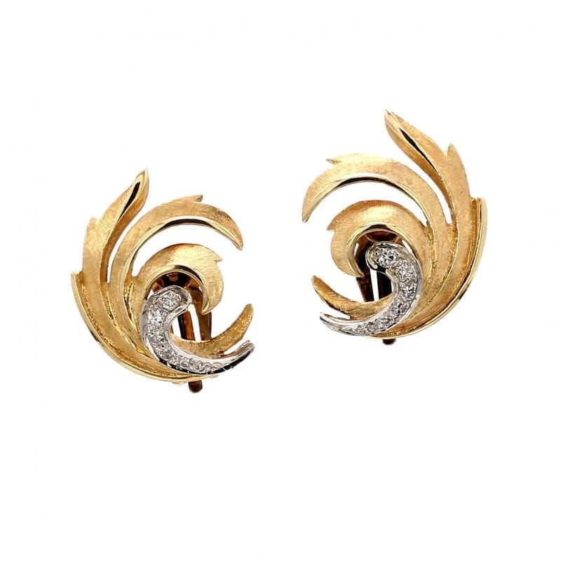 Bailey's Estate Florentine Stud Earrings in 14k Yellow Gold