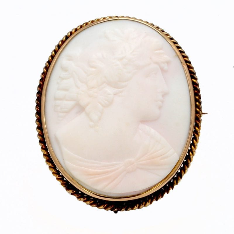 Bailey's Estate Cameo Pin in 14kt Yellow Gold