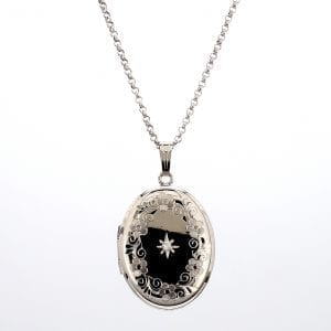 360 video of silver floral diamond locket