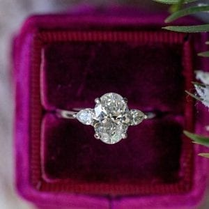 Three Stone Oval Engagement Ring Setting with Pear-shaped Side Stones