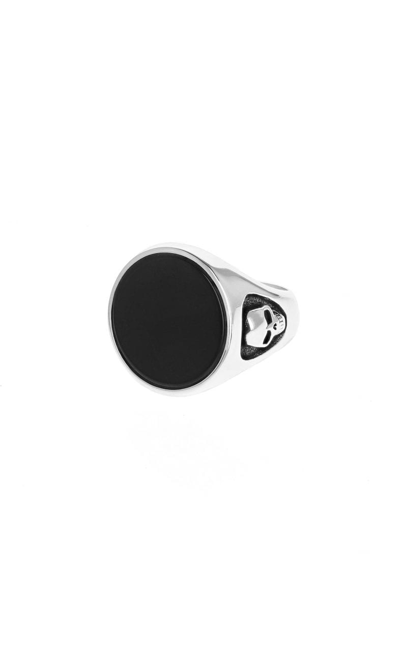 king_baby_ring_round_black_onyx_signet_with_skull_motifs_on_either_side_of_the_shank_sterling_silver_1