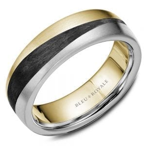 A brushed Bleu Royale yellow and white gold wedding band with black carbon accents