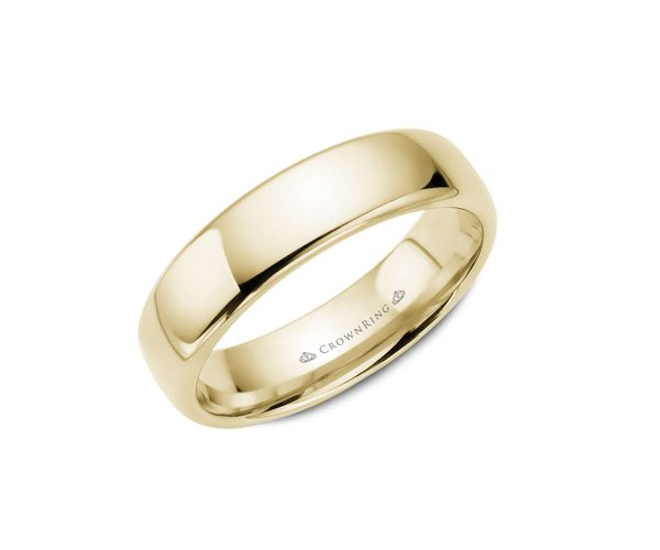 Yellow gold traditional men's wedding band.