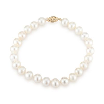 pearl bracelet with 14kt yellow gold clasp