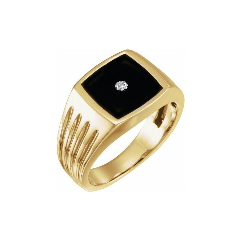 Gents Yellow Gold and Onyx Ring