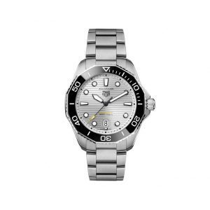 Front view of the Tag Heuer 43mm Aquaracer Professional 300 Watch